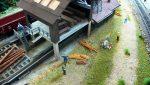 plastico-ferroviario-a-picco-sul-lago